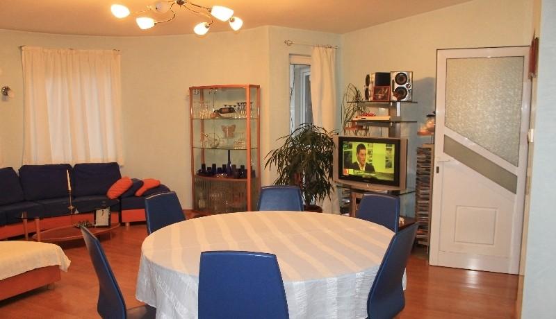 62402132_5_800x600_apartament-haskovo_rev018
