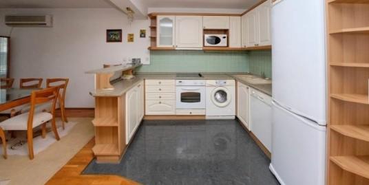 Нов тристаен монолитен апартамент