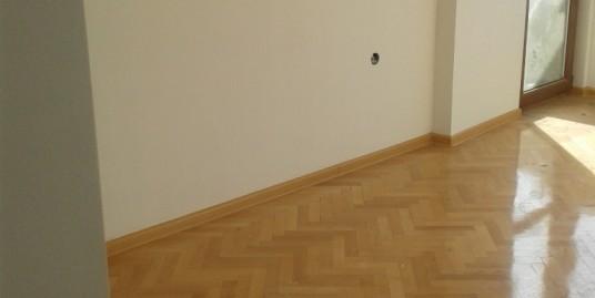 Четиристаен тухлен апартамент