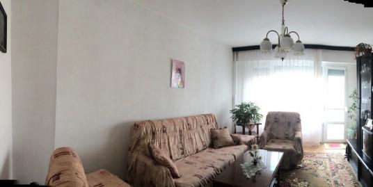 Тристаен панелен апартамент
