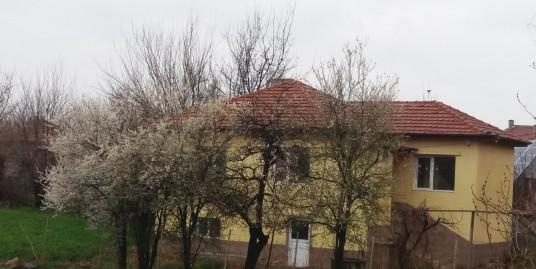 Реновирана къща в село Горски извор