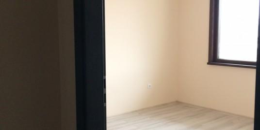 тристаен монолитен апартамент в гр. Хасково