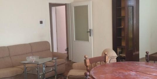 Намаление!!! Най – изгодната оферта!!! Продава втори жилищен етаж от двуетажна масивна сграда в кв. Овчарски