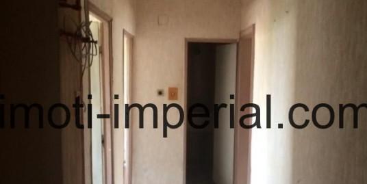 Тристаен апартамент в кв.Каменни, Хасково
