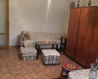 втори етаж от кооперация в град Хасково, кв.Овчарски