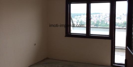 Нов тухлен апартамент в кв. Любен Каравелов, град Хасково