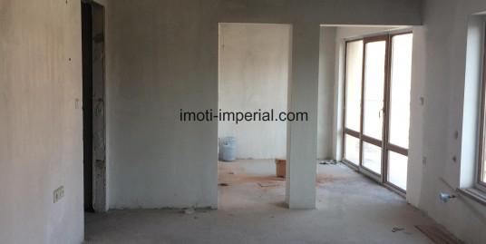 Тухлен апартамент ново строителство в центъра на град Хасково