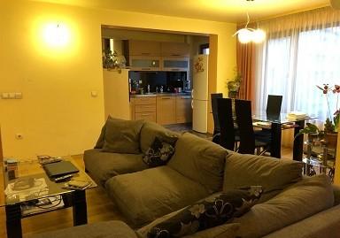 Луксозен тристаен монолитен апартамент в центъра на град Хасково