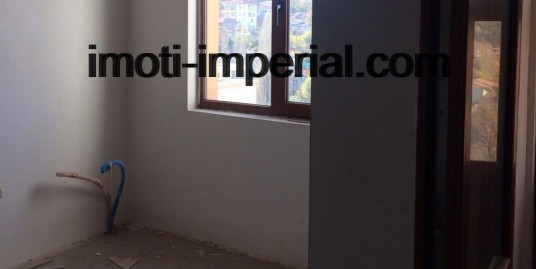 Тристаен апартамент, ново строителство, широк център, град Хасково