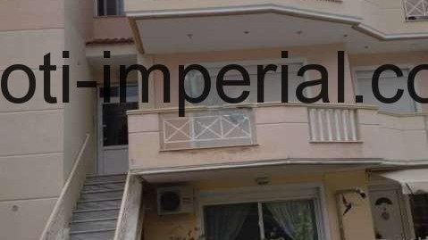 Тристаен апартамент в Неа Перамос, Гърция