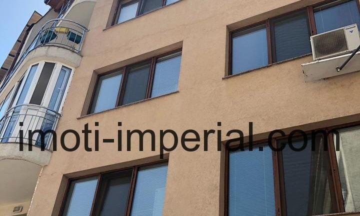Тристаен апартамент, ново строителство в центъра на град Хасково