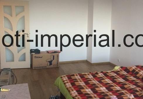 Тристаен панелен апартамент в кв. Дружба, град Хасково