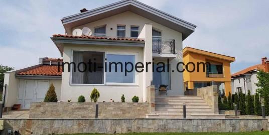 Двуетажна фамилна къща във в.з. Кенана, град Хасково