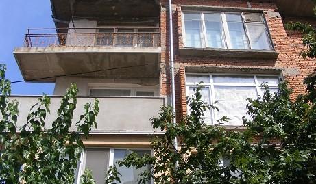 Многостаен тухлен апартамент в кв. Каменни, град Хасково