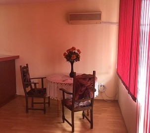 Луксозен тристаен апартамент в кв. Училищни, град Хасково