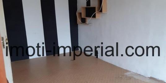 Двустаен апартамент в кв. Любен Каравелов, град Хасково