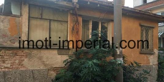 ЕКСКЛУЗИВНА ОФЕРТА! Къща, разположена в кв. Любен Каравелов, град Хасково