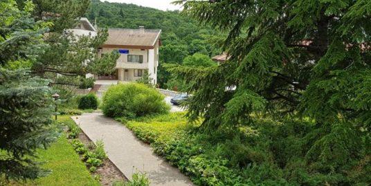 Кокетна къща в к.с. Минерални бани, област Хасково