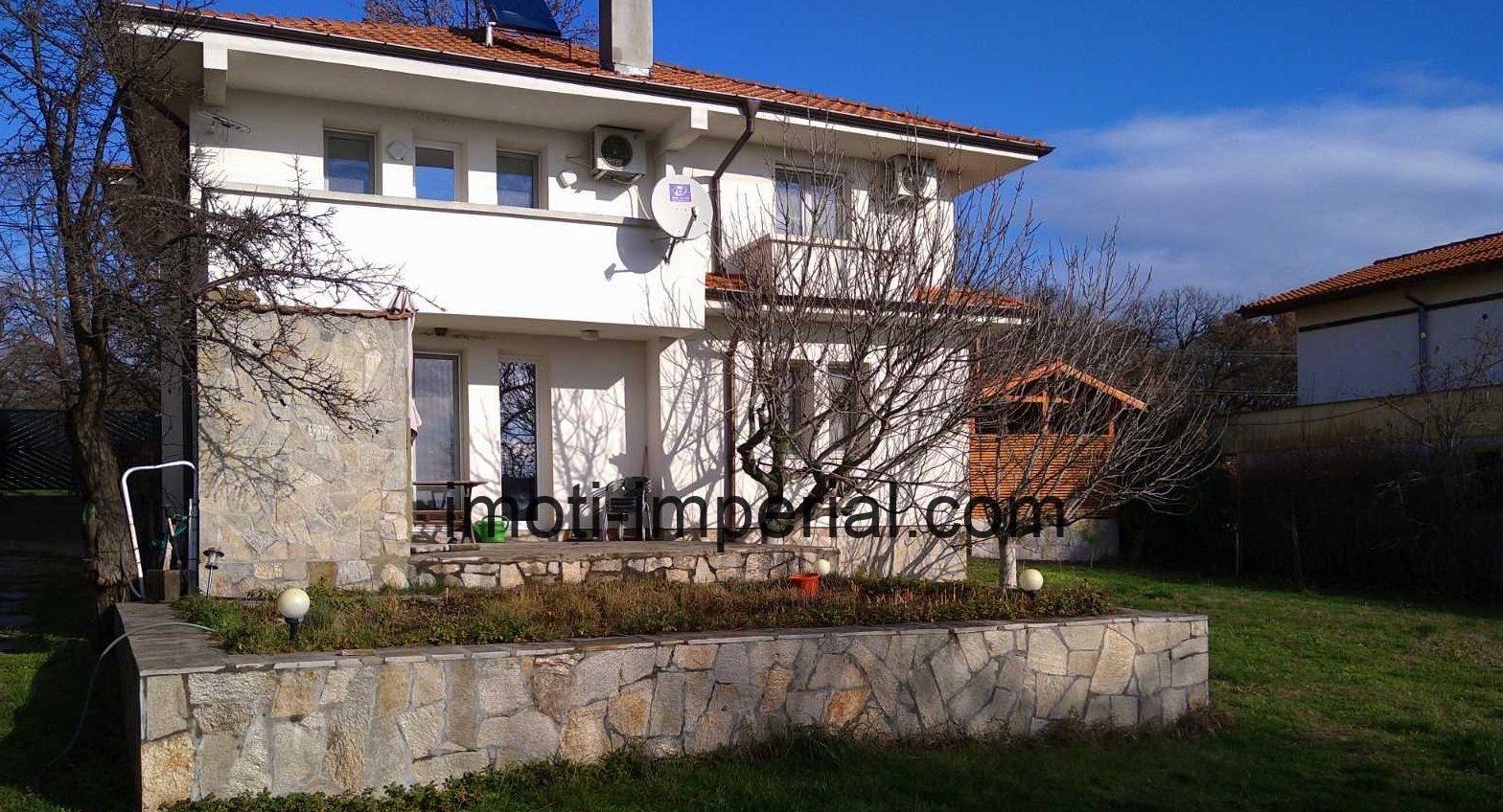 Уникална нова двуетажна къща, разположен в кв. Кенана, град Хасково