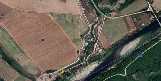 Атрактивен инвестиционен имот в с. Долно Черковище, област Хасково