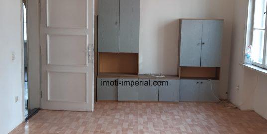 Двустаен тухлен апартамент в центъра на Димитровград